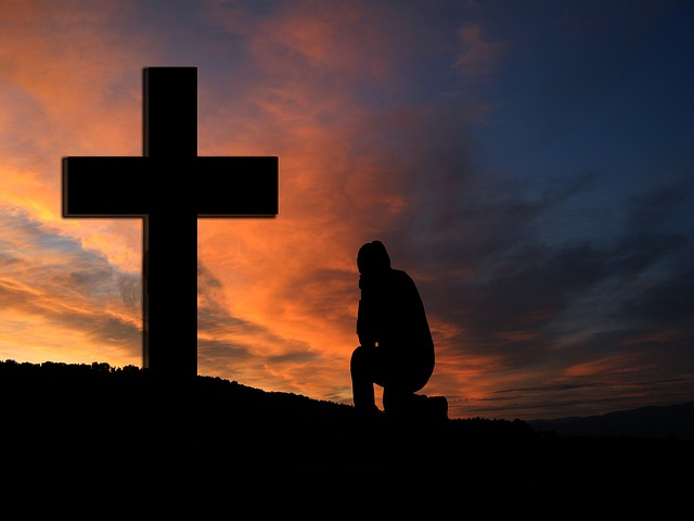 jesus prays photo